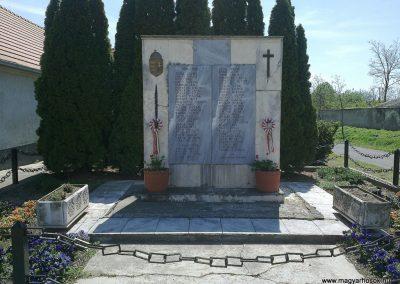 Tüskevár világháborús emlékmű 2012.04.29. küldő-miki