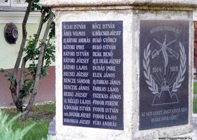 Tabajd világháborús emlékmű 2012.06.23. küldő-Méri (3)