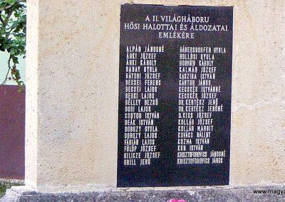 Tabajd világháborús emlékmű 2012.06.23. küldő-Méri (6)