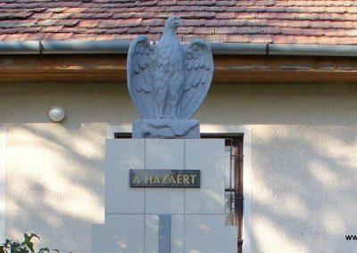 Tajó világháborús emlékmű 2008.08.14. -felújitás után-küldő- Hunmi (1)