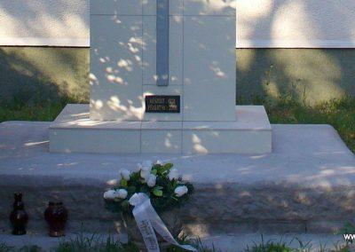Tajó világháborús emlékmű 2008.08.14. -felújitás után-küldő- Hunmi (3)