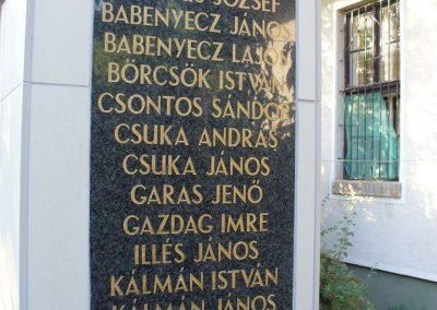 Tajó világháborús emlékmű 2008.08.14. -felújitás után-küldő- Hunmi (4)