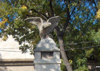 Takácsi világháborús emlékmű 2006.10.26. Küldő-Hege (1)