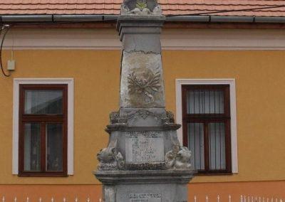 Taktaszada világháborús emlékmű 2009.06.22.küldő-megtorló