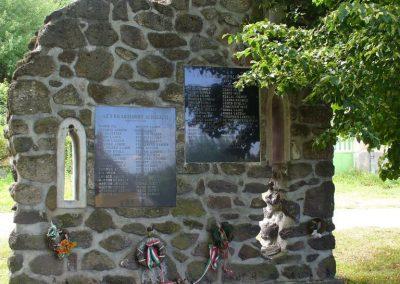 Taliándörögd világháborús emlékmű 2009.07.28. küldő-HunMi (1)