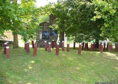 Taliándörögd világháborús emlékmű 2009.07.28. küldő-HunMi