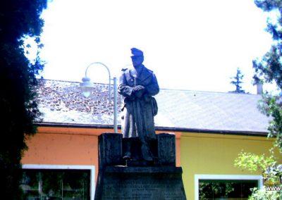 Tamási I.vh emlékmű 2007.07.07.küldő-Buanzso (2)