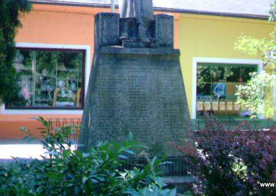 Tamási I.vh emlékmű 2007.07.07.küldő-Buanzso (3)