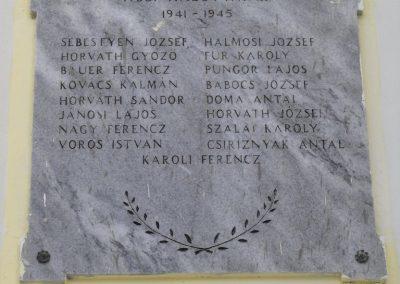 Tanakajd világháborús emléktáblák 2009.01.19.küldő-gyurkusz (2)