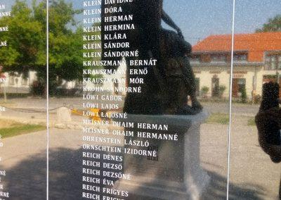 Tarcal hősi emlékmű felújítás után 2018.06.28. küldő-György József (9)