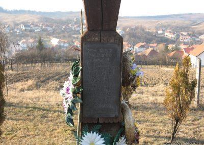 Tardona világháborús kopjafák 2008.02.18.küldő-Kályhás (2)