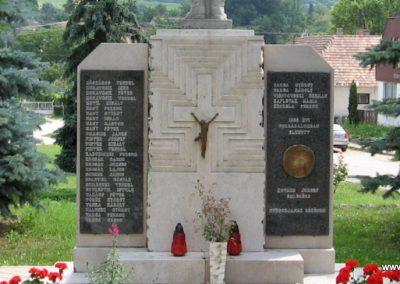 Tardos világháborús emlékmű 2008.07.03. külő-Kályhás (6)