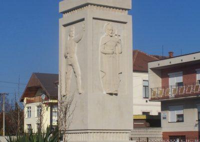 Tardoskedd világháborús emlékmű 2008.12.27.küldő-Horváth Zsolt (1)