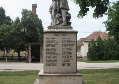 Tarján világháborús emlékmű 2008.07.02. küldő-Kályhás (10)