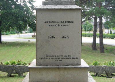 Tarján világháborús emlékmű 2008.07.02. küldő-Kályhás (9)