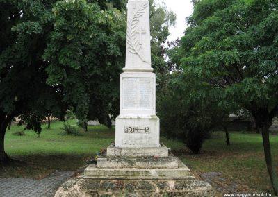 Tarnaörs világháborús emlékmű 2008.07.15. küldő-kalyhas