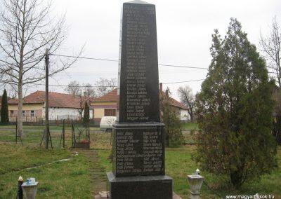 Tarnabod világháborús emlékmű 2008.03.08. küldő-kalyhas (1)