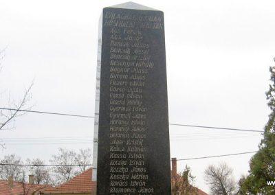 Tarnabod világháborús emlékmű 2008.03.08. küldő-kalyhas (2)