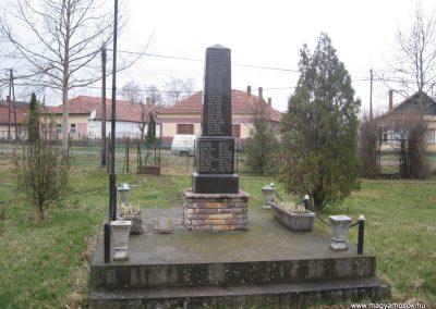 Tarnabod világháborús emlékmű 2008.03.08. küldő-kalyhas