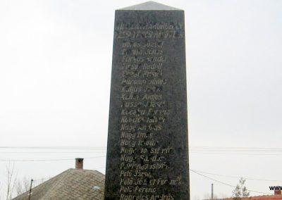 Tarnabod világháborús emlékmű 2008.03.08. küldő-kalyhas (6)
