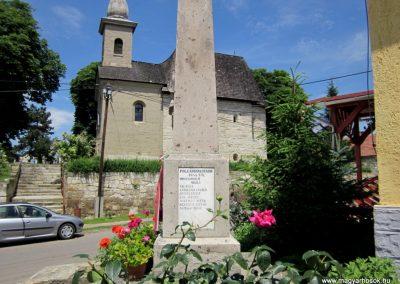 Tarnaszentmária világháborús emlékmű 2011.06.12. küldő-kalyhas (7)