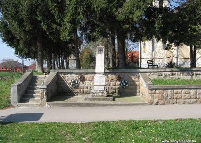 Taszár világháborús emlékmű 2009.04.04. küldő-kalyhas