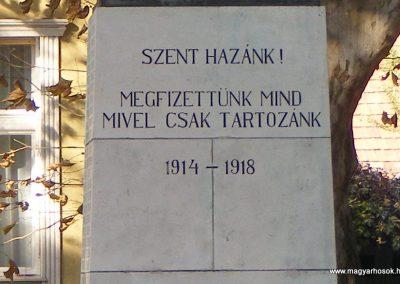 Tata I.vh emlékmű 2011.11.01. küldő-Méri (2)