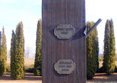 Tata Kocsi úti új temető világháborús katonasírok 2013.03.03. küldő-Méri (1)