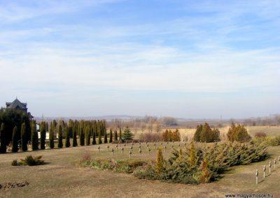 Tata Kocsi úti új temető világháborús katonasírok 2013.03.03. küldő-Méri (10)