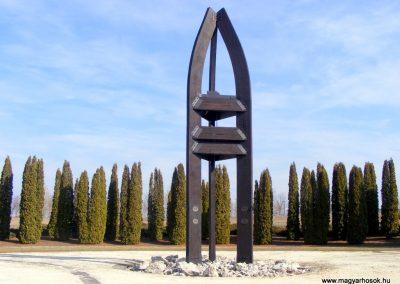 Tata Kocsi úti új temető világháborús katonasírok 2013.03.03. küldő-Méri