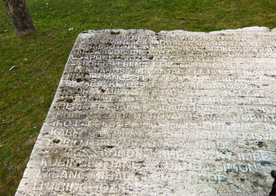Tatabánya-Bánhida II. világháborús emlékmű 2013.05.21. küldő-Méri (2)