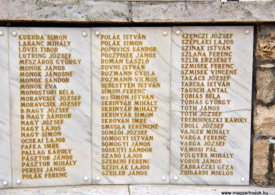 Tatabánya-Bánhida II. világháborús emlékmű 2013.05.21. küldő-Méri (7)