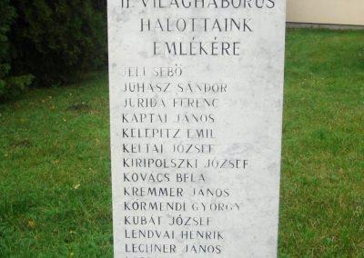Tatabánya világháborús emlékmű 2008.10.04.küldő-Huszár Peti (9)