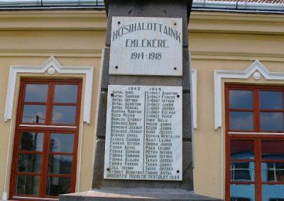 Tekerőpatak világháborús emlékmű 2007.08.18. küldő-Era