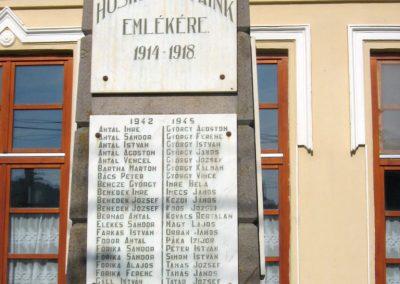 Tekerőpatak világháborús emlékmű 2011.09.19. küldő-Mónika39-né (3)