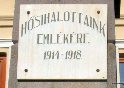 Tekerőpatak világháborús emlékmű 2011.09.19. küldő-Mónika39-né