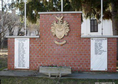 Teleki világháborús emlékmű 2011.02.05. küldő-Sümec (1)