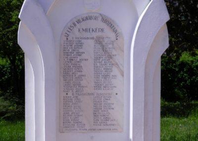 Tengőd világháborús emlékmű 2018.04.23. küldő-Huber Csabáné
