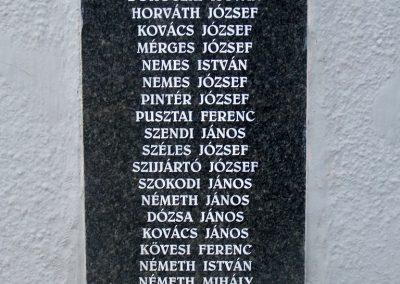 Tengelic-Szőlőhegy világháborús emlékmű 2014.02.25. küldő-Horváth Zsolt (6)