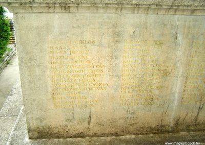 Tengelic világháborús emlékmű 2010.05.05. küldő-Horváth Zsolt (3)