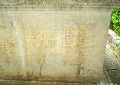 Tengelic világháborús emlékmű 2010.05.05. küldő-Horváth Zsolt (4)