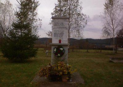 Terpes vh. emlékmű 2006.11.05. küldő-Kályhás