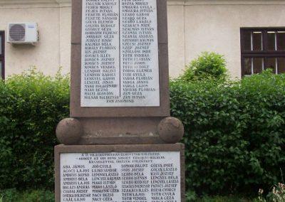 Tiszaörs világháborús emlékmű 2009.05.15. küldő-miki (2)
