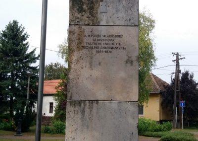 Tiszaalpár II. világháborús emlékmű 2016.09.17. küldő-belamiki (1)