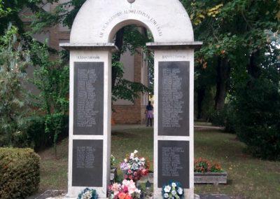 Tiszaalpár-Tiszaújfalu II. világháborús emlékmű 2016.09.17. küldő-belamiki
