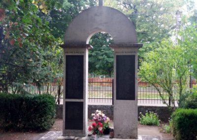 Tiszaalpár-Tiszaújfalu II. világháborús emlékmű 2016.09.17. küldő-belamiki (6)
