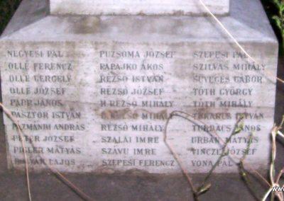 Tiszabő világháborús emlékmű 2009.04.08. küldő-miki (11)