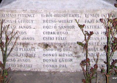 Tiszabő világháborús emlékmű 2009.04.08. küldő-miki (3)