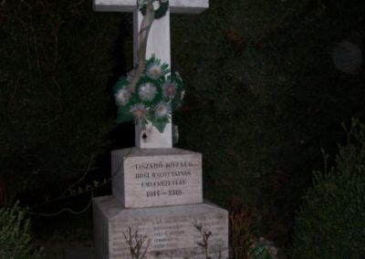 Tiszabő világháborús emlékmű 2009.04.08. küldő-miki