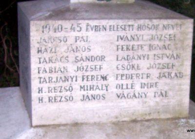Tiszabő világháborús emlékmű 2009.04.08. küldő-miki (5)